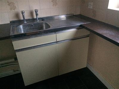 Property image of home to let in Willow Road, Newark